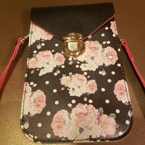 🌸NWOT🌹 flowered faux leather mini bag